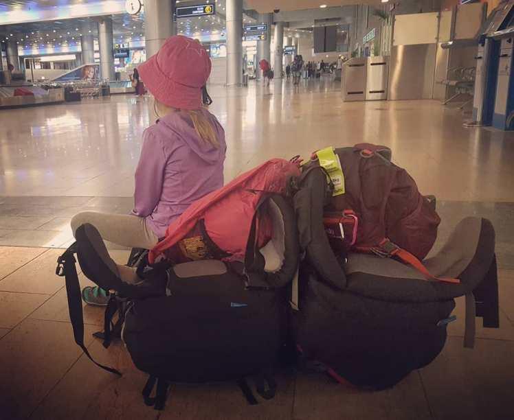 Maija lentokentällä, Tel Aviv
