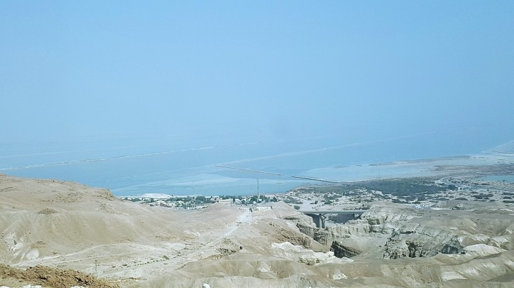 Kuollut meri horisontissa (2)