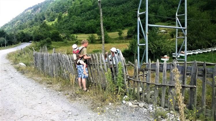Patikointia ja paikallisiin tutustumista Albaniassa