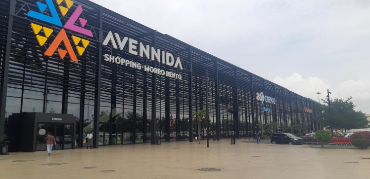 Avenida shopping centre Luanda
